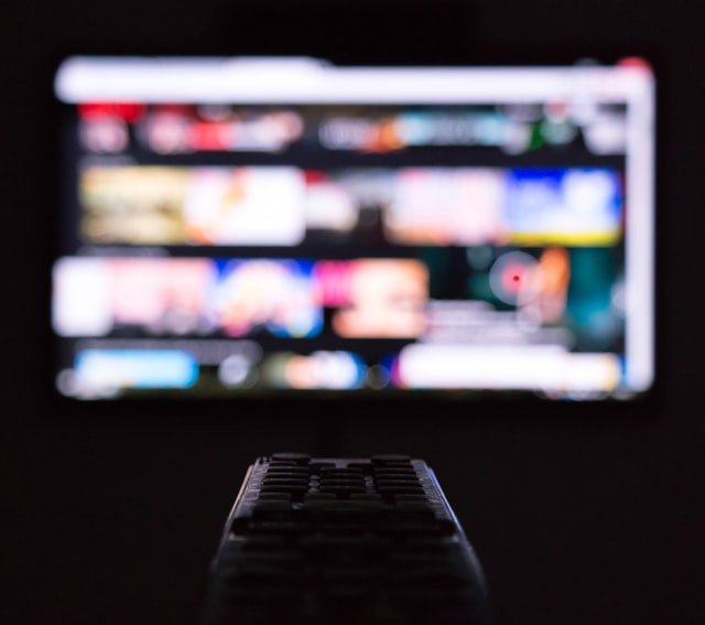 selecting movie on smart tv